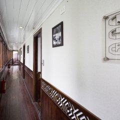 Отель Halong Carina Cruise Вьетнам, Халонг - отзывы, цены и фото номеров - забронировать отель Halong Carina Cruise онлайн интерьер отеля