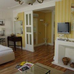 Гостиница AZANIA комната для гостей фото 2