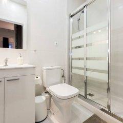 Отель M&F Gran Vía 1 Apartamento Испания, Мадрид - отзывы, цены и фото номеров - забронировать отель M&F Gran Vía 1 Apartamento онлайн ванная фото 2