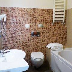 Отель Leon Bianco Италия, Сан-Джиминьяно - отзывы, цены и фото номеров - забронировать отель Leon Bianco онлайн ванная фото 2