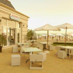 Отель Festa Pomorie Resort Болгария, Поморие - 1 отзыв об отеле, цены и фото номеров - забронировать отель Festa Pomorie Resort онлайн бассейн фото 2