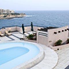 Отель Calypso Hotel Мальта, Зеббудж - отзывы, цены и фото номеров - забронировать отель Calypso Hotel онлайн бассейн