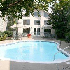 Отель Hampton Inn & Suites Springdale бассейн фото 2