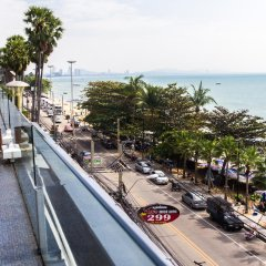 Отель BarFly Pattaya балкон