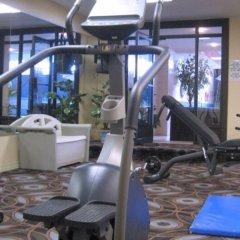 Отель Universel Канада, Квебек - отзывы, цены и фото номеров - забронировать отель Universel онлайн фитнесс-зал фото 3