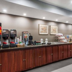 Отель Hawthorn Suites by Wyndham Columbus West питание
