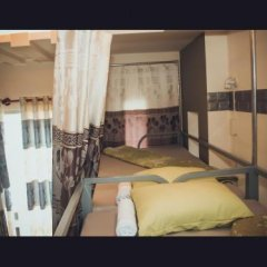 Europe Town Hostel & Bar Adults Only Далат парковка