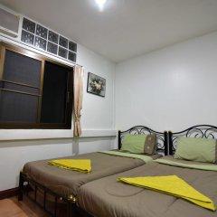 Отель Chaiwat Guesthouse комната для гостей фото 3