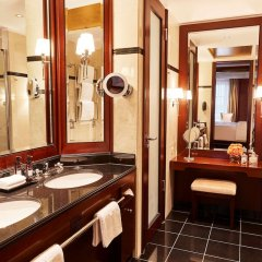 Отель Adlon Kempinski Берлин ванная фото 2