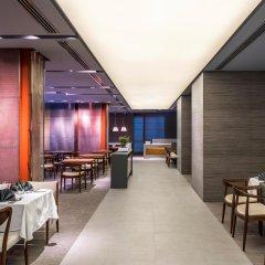 Отель The Act Hotel ОАЭ, Шарджа - 1 отзыв об отеле, цены и фото номеров - забронировать отель The Act Hotel онлайн гостиничный бар