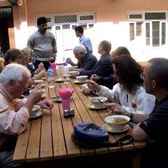 Отель Acme Guest House Непал, Катманду - отзывы, цены и фото номеров - забронировать отель Acme Guest House онлайн питание фото 2