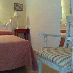 Hotel Londres комната для гостей