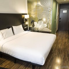 AC Hotel Recoletos by Marriott сейф в номере