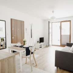 Апартаменты Prudentia Apartments Szaserow Варшава комната для гостей