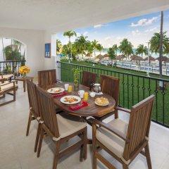 Отель Beachscape Kin Ha Villas & Suites Мексика, Канкун - 2 отзыва об отеле, цены и фото номеров - забронировать отель Beachscape Kin Ha Villas & Suites онлайн балкон