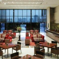 Ramada Hotel And Suites Ajman Аджман гостиничный бар