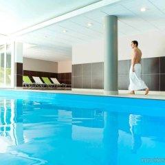 Отель Novotel Chateau de Maffliers бассейн