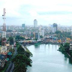 Отель Hilton Colombo Шри-Ланка, Коломбо - отзывы, цены и фото номеров - забронировать отель Hilton Colombo онлайн приотельная территория фото 2