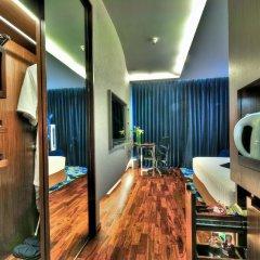 Отель Galleria 10 Sukhumvit Bangkok By Compass Hospitality Бангкок удобства в номере фото 2