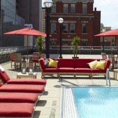 Отель Renaissance Columbus Downtown Hotel США, Колумбус - отзывы, цены и фото номеров - забронировать отель Renaissance Columbus Downtown Hotel онлайн бассейн фото 3