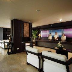 Отель Anyavee Tubkaek Beach Resort интерьер отеля