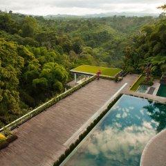 Padma Hotel Bandung бассейн фото 2