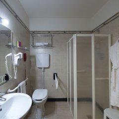 Отель Al Cappello Rosso Италия, Болонья - 2 отзыва об отеле, цены и фото номеров - забронировать отель Al Cappello Rosso онлайн ванная фото 2
