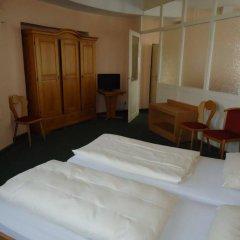 Отель und Rasthof AVUS Германия, Берлин - отзывы, цены и фото номеров - забронировать отель und Rasthof AVUS онлайн комната для гостей фото 2