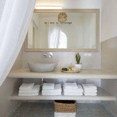 Отель Andromeda Villas Греция, Остров Санторини - 1 отзыв об отеле, цены и фото номеров - забронировать отель Andromeda Villas онлайн ванная фото 2