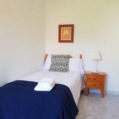 Отель Apartamentos Salceda комната для гостей