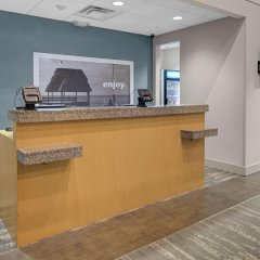 Отель Hampton Inn Suites Sarasota/Bradenton Airport интерьер отеля