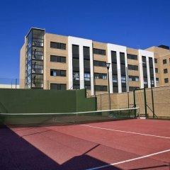 Отель Compostela Suites спортивное сооружение