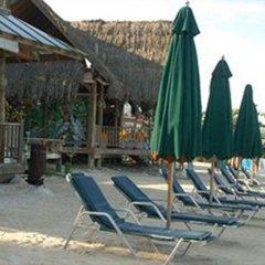 Отель Sea Splash Resort пляж