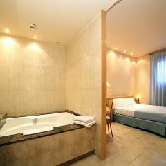 Отель Apartamentos DV Испания, Барселона - отзывы, цены и фото номеров - забронировать отель Apartamentos DV онлайн спа фото 2