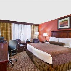 Отель Crowne Plaza Cleveland South-Independence комната для гостей