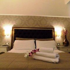 Отель Villa Del Mare Римини сейф в номере