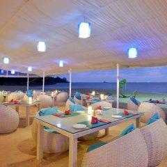 Отель Andaman White Beach Resort питание