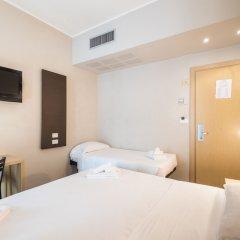 Отель Aiglon Италия, Римини - отзывы, цены и фото номеров - забронировать отель Aiglon онлайн комната для гостей фото 4