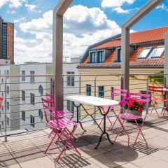Отель Mikon Eastgate Hotel - City Centre Германия, Берлин - 1 отзыв об отеле, цены и фото номеров - забронировать отель Mikon Eastgate Hotel - City Centre онлайн балкон