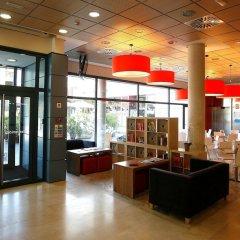 Отель Travelodge Madrid Torrelaguna интерьер отеля фото 2