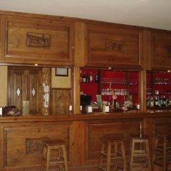 Отель El Churron Сабиньяниго гостиничный бар