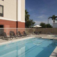 Отель Hampton Inn & Suites Tulare бассейн фото 3