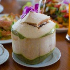 Отель Phuket Airport Villa питание