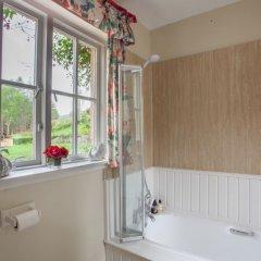 Отель Finglen House Великобритания, Глазго - отзывы, цены и фото номеров - забронировать отель Finglen House онлайн ванная