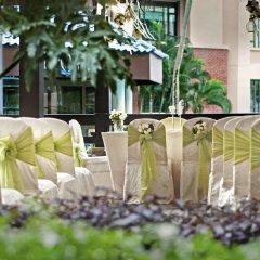 Отель Swissotel Merchant Court Singapore