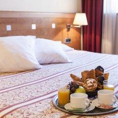 Отель Acta Antibes Барселона в номере