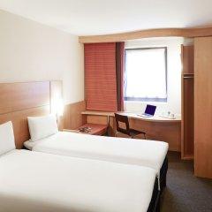 Отель ibis London City - Shoreditch Великобритания, Лондон - 2 отзыва об отеле, цены и фото номеров - забронировать отель ibis London City - Shoreditch онлайн комната для гостей фото 3