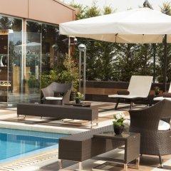 Отель Crowne Plaza Athens City Centre Греция, Афины - 5 отзывов об отеле, цены и фото номеров - забронировать отель Crowne Plaza Athens City Centre онлайн бассейн фото 2