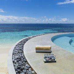 Отель Huvafen Fushi by Per AQUUM Мальдивы, Гиравару - отзывы, цены и фото номеров - забронировать отель Huvafen Fushi by Per AQUUM онлайн бассейн