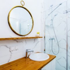 Отель erApartments Premium Mennica Польша, Варшава - отзывы, цены и фото номеров - забронировать отель erApartments Premium Mennica онлайн ванная
